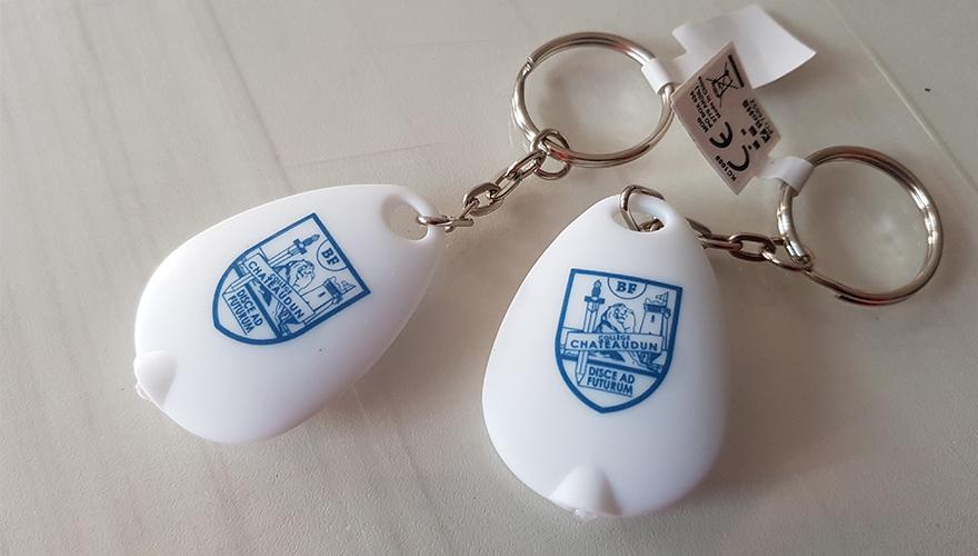 Portes clés avec lampe
